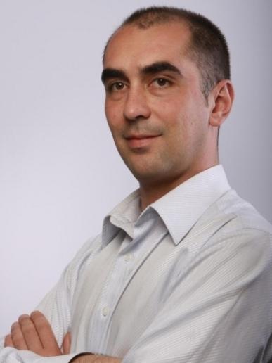 Владимир Бошнаков